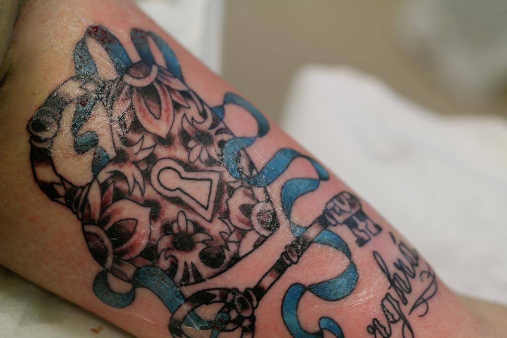 Locket n key tattoo