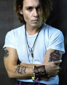 johnny-depp-bird tattoo