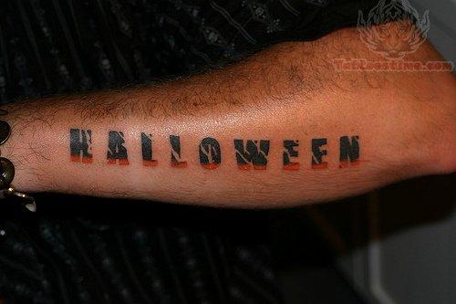 lettering tatto