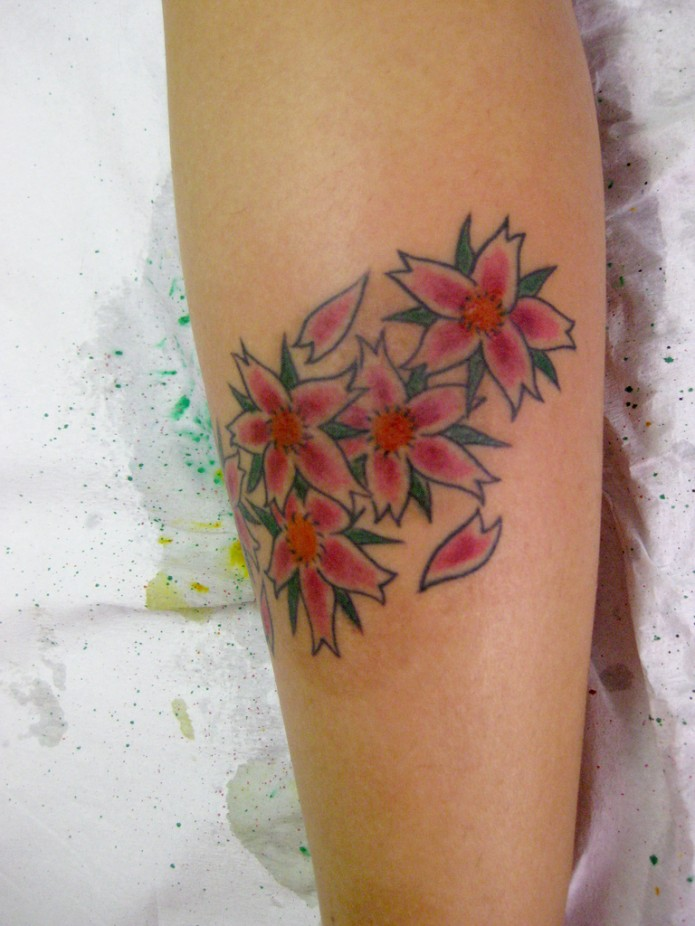 44 stunning flower tattoos youll love these flower tattoo on calf mightylinksfo