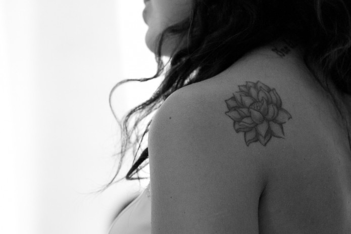44 Stunning Flower Tattoos (you\'ll LOVE these)