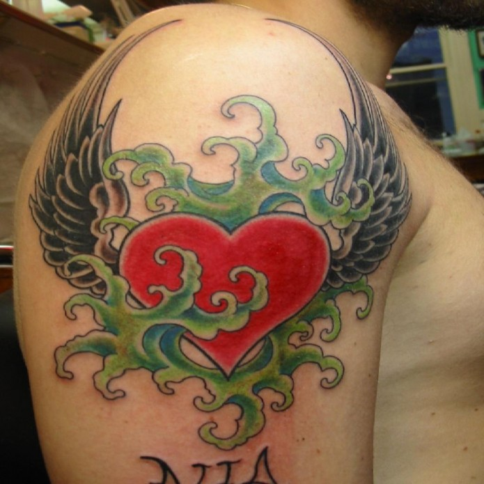 24 beautiful heart tattoos check them out. Black Bedroom Furniture Sets. Home Design Ideas