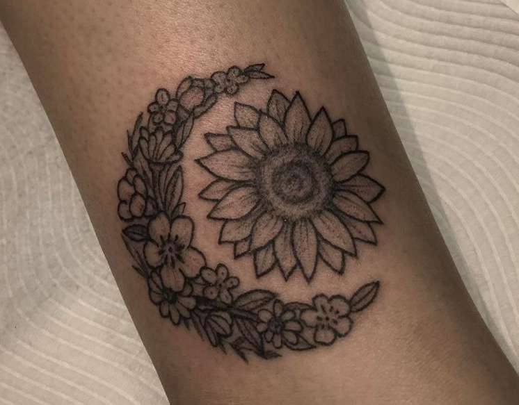 65 Amazing Sun And Moon Tattoo Designs For The Couples Tattoo Me Now