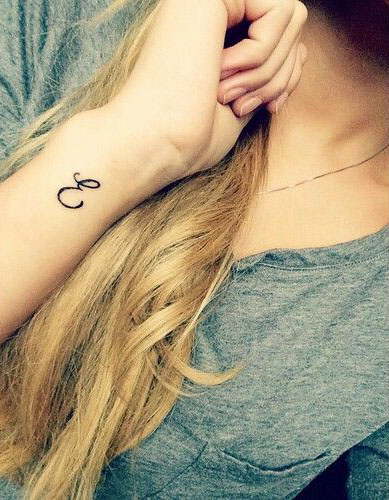 50 Letter E Tattoo Designs Ideas And Templates Tattoo Me Now