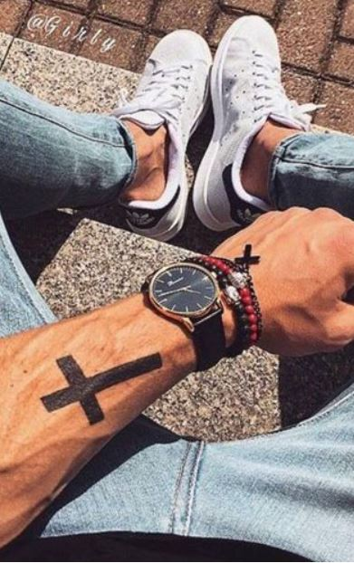 150 Unique Small Tattoos for Men \u2013 Tiny Tattoo Designs
